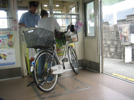 自転車ごと乗れる熊本電鉄3
